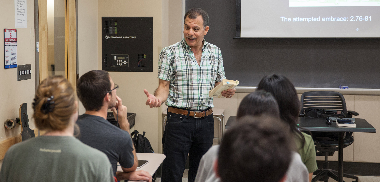 Guy Raffa teaching his Signature Course