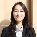 Estella Xin headshot