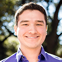 Headshot of researcher Roberto Gonzalez
